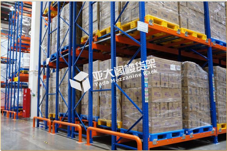 大型仓库货架的颜色为什么以蓝色与桔色为主?
